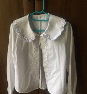 Блузка белая для девочки ( идеальное состояние)