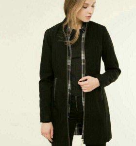 Пальто (46-48) новое