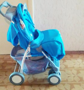 Прогулочная коляска с глубоким козырьком