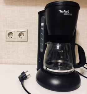 Большая кофеварка Tefal
