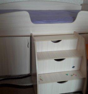 Кровать-уголок школьника