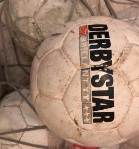 Мячи футбольные б/у
