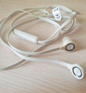 Новые наушники HTC
