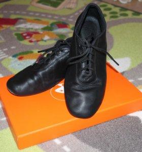 Туфли для бальных танцев р-р 35 (22,5)