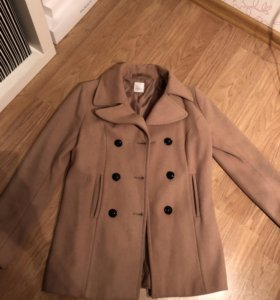Пальто бежевее