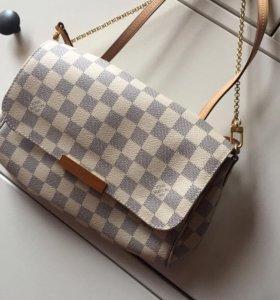 Louis Vuitton клатч