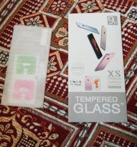 Защитные стекла на iPhone 5/5s
