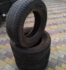 Зимние шины Dunlop 265/65R17 на Pajero,LandCruiser