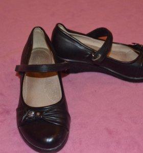 Туфли для девочки 8-9 лет