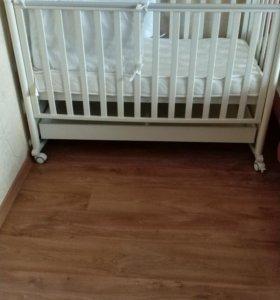 Детская кроватка-качалка Baby Italia