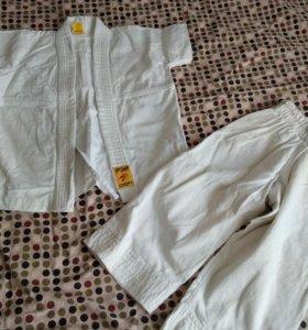 Кимано дзюдо костюм