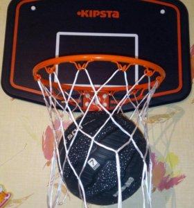 Баскебольноекольцо и мяч