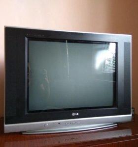 телевизор LG и приставка BKK