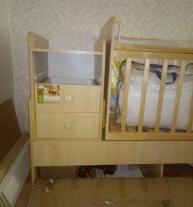 Детская кровать- трансформер