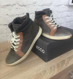 Ботинки ECCO р.37