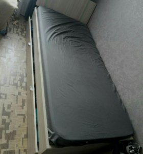кровать 90*200 с выкатным яшиком