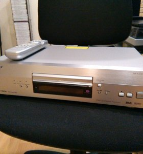 DVD player DV-668AV-S