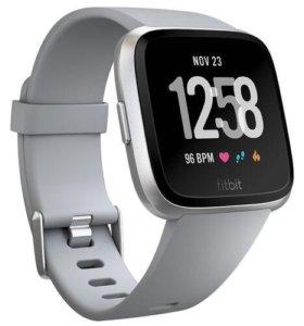 Умные часы Fitbit Versa новые