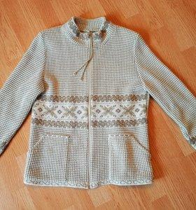 Кофта/свитер на замке