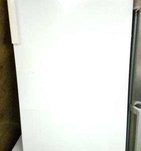 Холодильник liebher