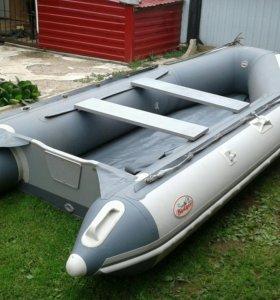 Продаётся лодка