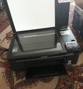 Принтер цветной (ксерокс,сканер) торг уместен