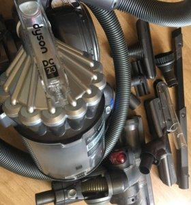 Пылесос Dyson DC23 Motorhead