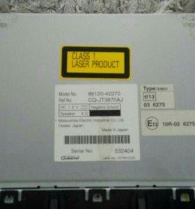 Головное устройство на RAV4