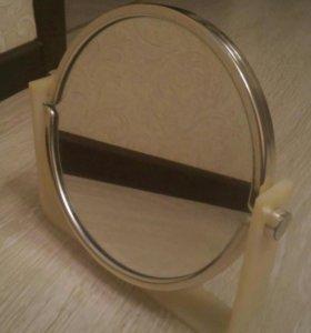 Зеркало на подставке