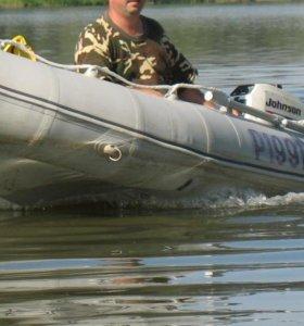 Лодка ПВХ Лидер 320 б/у