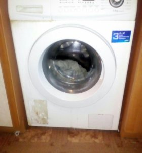 Продам стиральную машинку на запчасти. Самсунг