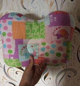 Ортопедическая подушка до года младенца