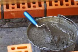 Срочно требуется подсобник каменщика.