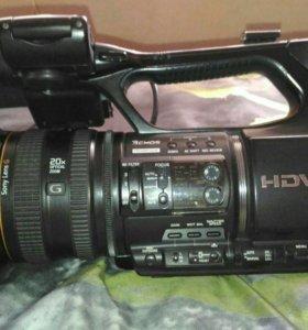 Видеокамера Sony hvr z5e