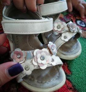 Сандалии босоножки туфли детские для девочки