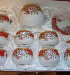 Сервиз чайный из фарфора