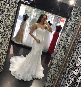 Свадебные платья новые.