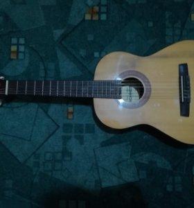 Продам гитару hohner (две четверти)