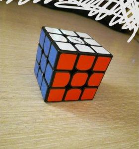 """Кубик рубика """"TheValk3""""."""