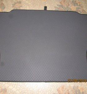 Автомобильный коврик в багажник на ВАЗ 2114