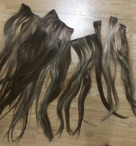 Прямые волосы на заколках