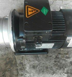 Электродвигатель 0,55 кв, 2200 оборот