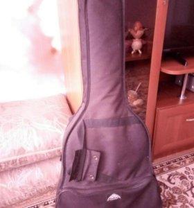 Акустическая гитара, чехол и тюнер