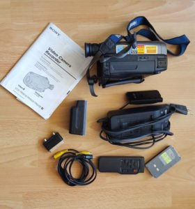 Sony Handycam CCD-TR620E