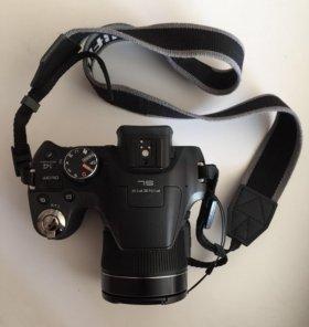 Камера Fujifilm FinePix SL310 с чехлом