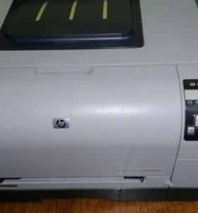 Принтер лазерный hp CP1515n.