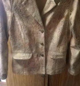 Новый пиджачек размер 46-48