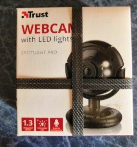 Веб камера Trust spotlight pro