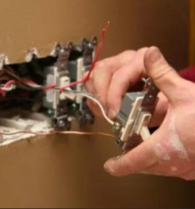 Электрик. Замена розеток и выключателей.