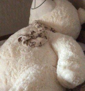 Плюшевый медведь новый